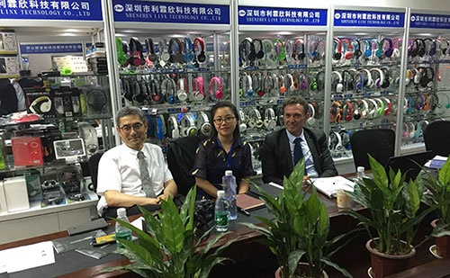 Korea and French Customers Visited Headphone Manufacturer- LINX