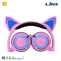 Headphones Factory Glowing Cat Ear Shaped Patent Wired Headband headphone LX-107 For computer